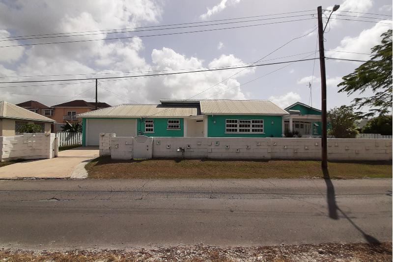 House for Sale – Graeme hall (2)